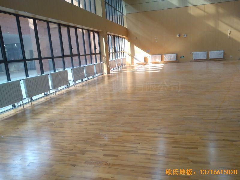 山东青岛市李沧区佛耳崖小学体育地板安装案例
