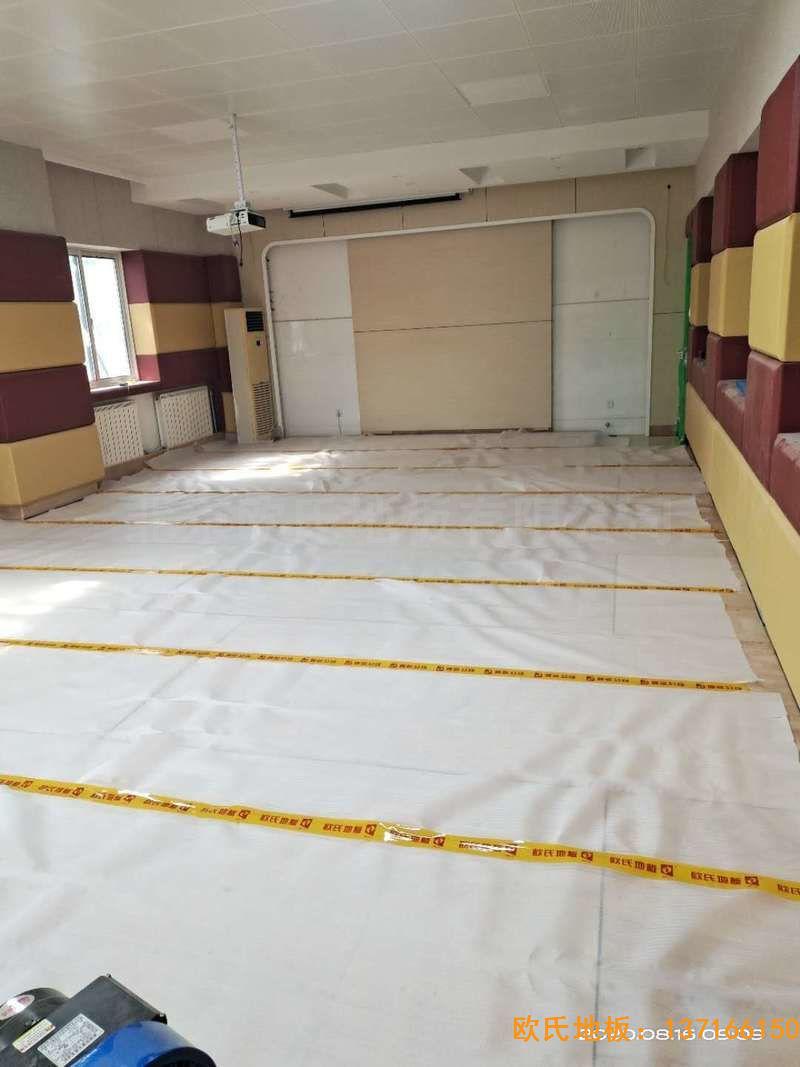 北京中国矿业大学附属中学体育地板铺设案例