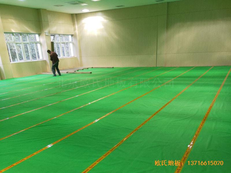 上海丰庄西路绿地小学舞台运动木地板铺装案例1