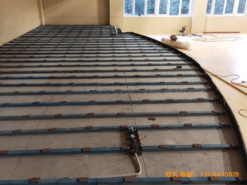 上海丰庄西路绿地小学舞台运动木地板铺装案例2