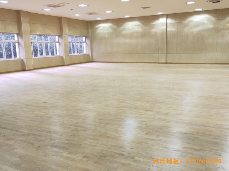 上海丰庄西路绿地小学舞台运动木地板铺装案例3