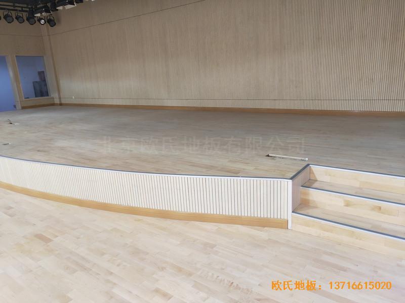 上海丰庄西路绿地小学舞台运动木地板铺装案例4