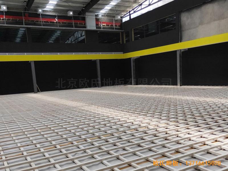 南阳骄阳体育篮球俱乐部体育地板铺装案例0