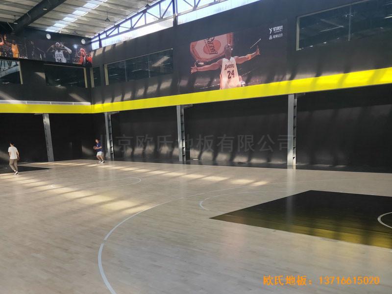 南阳骄阳体育篮球俱乐部体育地板铺装案例4