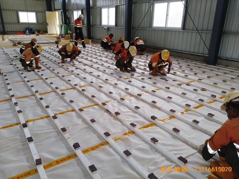 巴布亚新几内亚羽毛球馆运动地板铺设案例1