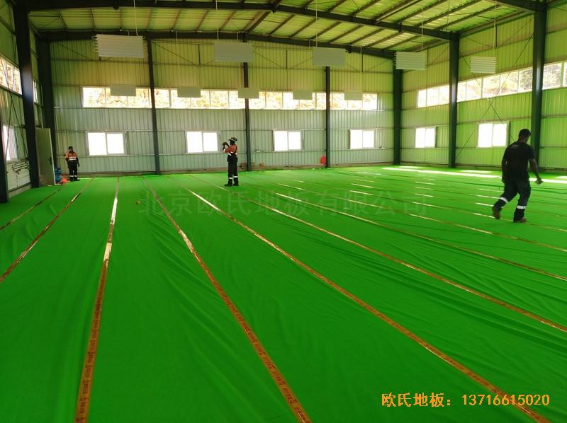 巴布亚新几内亚羽毛球馆运动地板铺设案例2