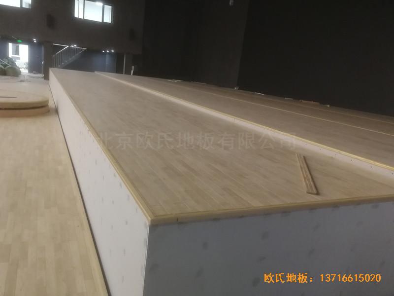 河北承德滦平一中升降舞台运动地板铺装案例1