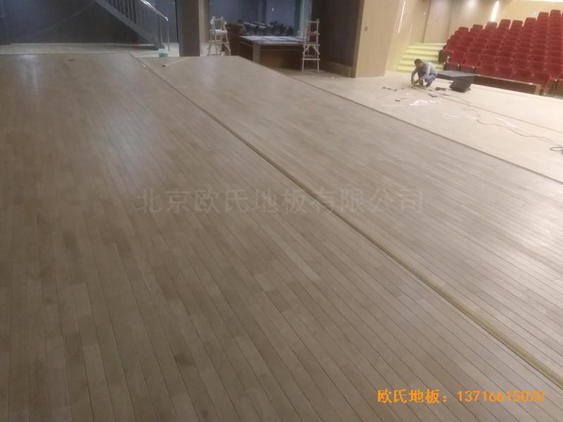河北承德滦平一中升降舞台运动地板铺装案例3