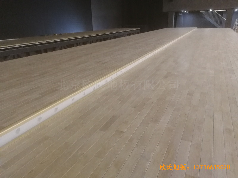 河北承德滦平一中升降舞台运动地板铺装案例5