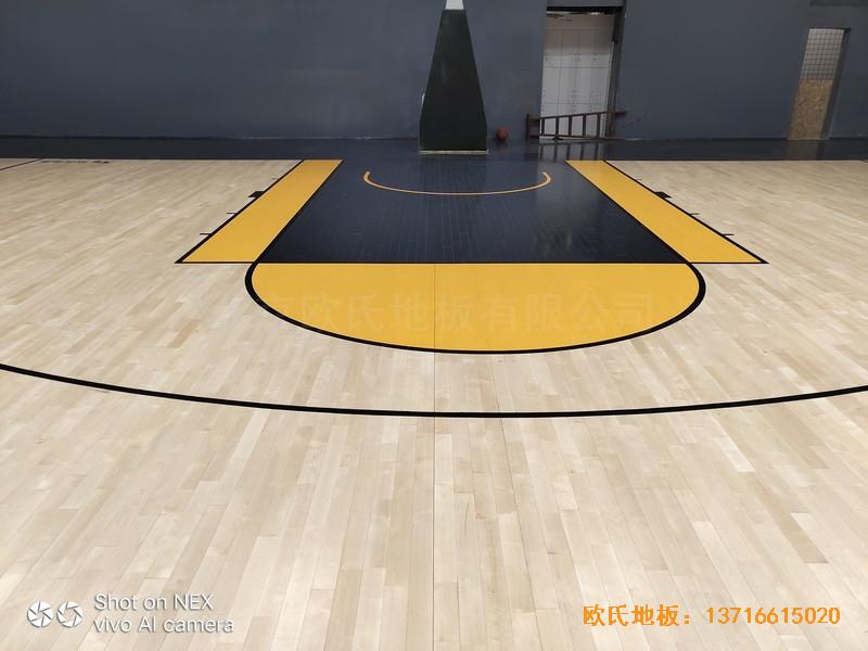 泉州侨乡壹吨篮球场体育木地板铺装案例1