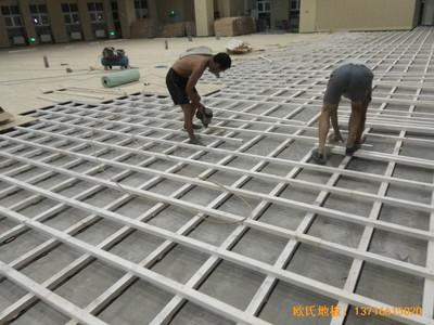 济南历城二中新校区篮球馆运动地板安装案例