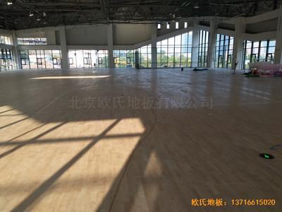 四川宜宾市临港实验学校体育馆运动木地板安装案例