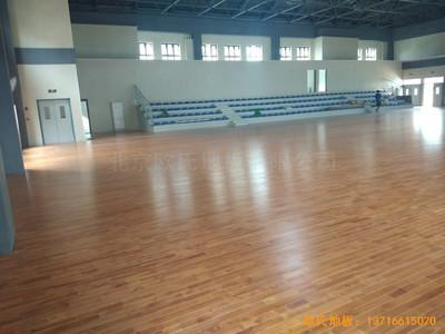 四川成都怡馨家园中学运动馆运动地板铺设案例