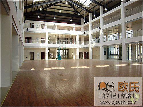 运动地板铺设真实案例-镇江大路中学篮球馆