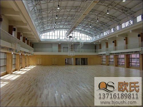 专业篮球馆运动地板 枫木柞木体育场馆用环保地板