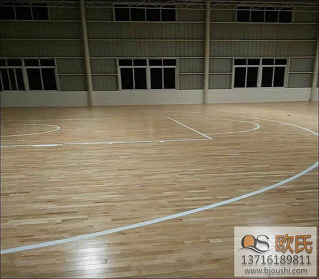 篮球馆木地板枫木面板施工案例-柳州苗圃林场