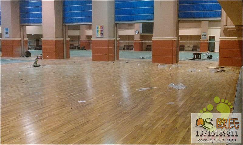 什么样的体育木地板才能让人用的放心