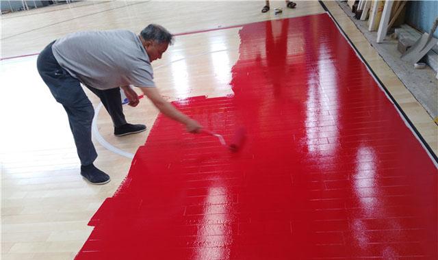 实木运动地板的油漆工艺流程